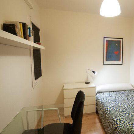 Rent this 3 bed apartment on Carrer del Comte Borrell in 167, 08001 Barcelona