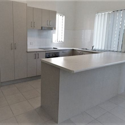 Rent this 3 bed townhouse on 1/127 Duffield Rd