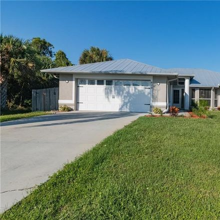 Rent this 3 bed house on 620 South Easy Street in Sebastian, FL 32958