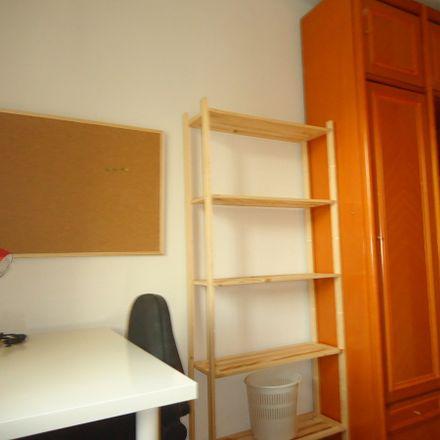 Rent this 5 bed room on Calle Maestro Priego López in 2, 14004 Córdoba