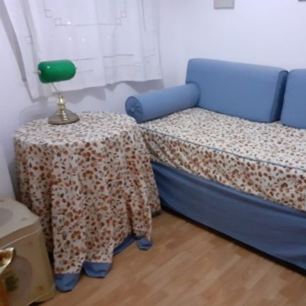 Rent this 1 bed room on car imposur viajes in Calle Jovellanos, 66