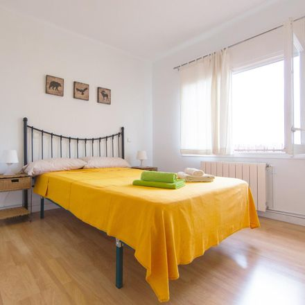 Rent this 3 bed apartment on Plaça de la Trinitat in 11, 08033 Barcelona