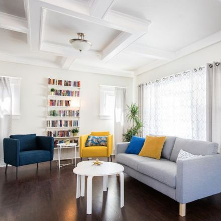 Rent this 5 bed house on Hostel Californa in 6118 Carlos Avenue, Los Angeles