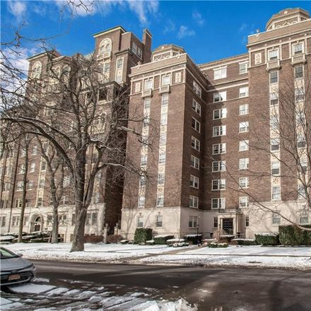 Rent this 3 bed apartment on 83 Bryant Street in Buffalo, NY 14209