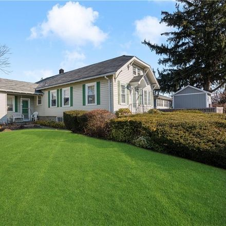 Rent this 4 bed house on Watauga St in North Providence, RI