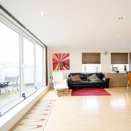 Rent this 3 bed apartment on Tradewinds in Wards Wharf Approach, London E16 2FT