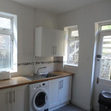 Rent this 5 bed house on Llantwit Road in Hawthorn CF37 1TY, United Kingdom