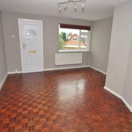 Rent this 2 bed apartment on Rockleigh Court in Southcourt Avenue, Linslade LU7 2QE