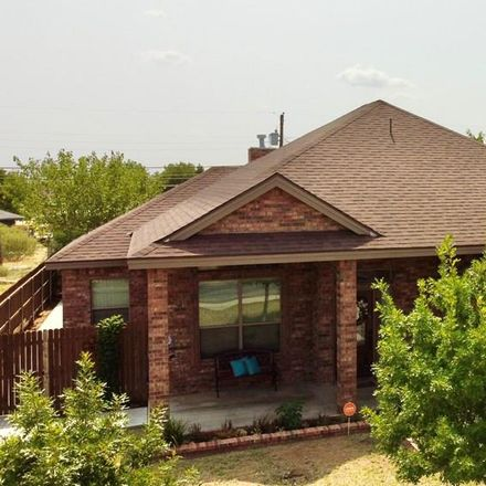 Rent this 3 bed house on 414 East Oak Avenue in Midland, TX 79705
