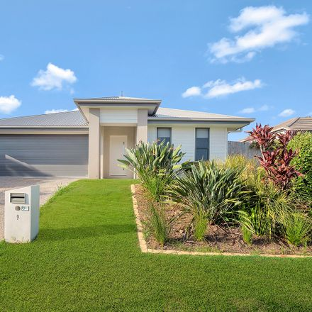Rent this 4 bed house on 9 Coachella Crescent