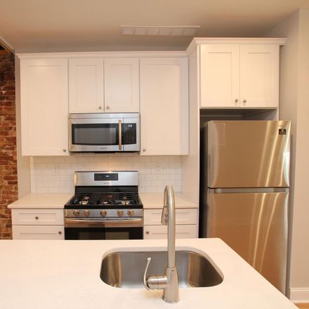 Rent this 3 bed townhouse on 758 North 43rd Street in Philadelphia, PA 19104