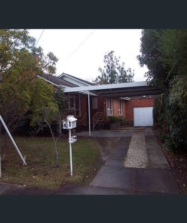 Rent this 3 bed house on 20 Samuel Road