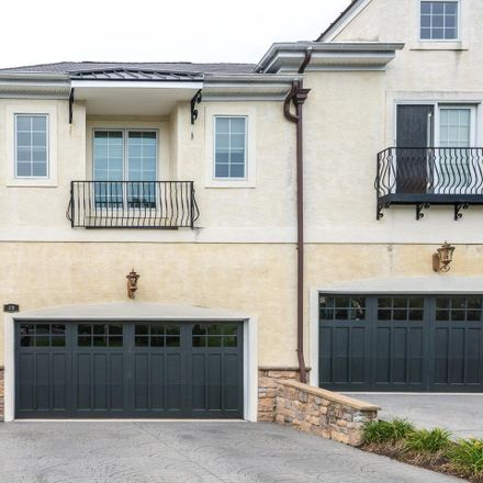 Rent this 3 bed condo on Breyer Ct in Elkins Park, PA