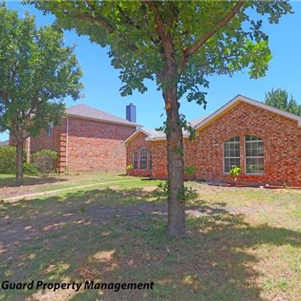 Rent this 3 bed house on 2516 Larkspur Lane in Rowlett, TX 75089