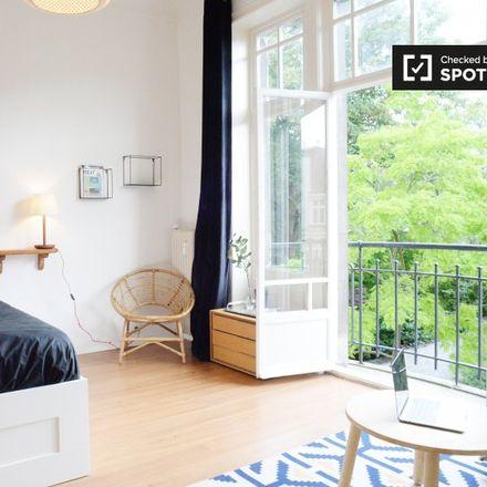Rent this 0 bed apartment on Rue Dautzenberg - Dautzenbergstraat 60 in 1050 Ixelles - Elsene, Belgium