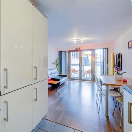 Rent this 3 bed apartment on Gosse Court in 15-19 Downham Road, London N1 5AA