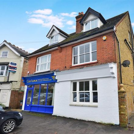 Rent this 4 bed house on Heronsgate Road in Three Rivers WD3 5BL, United Kingdom