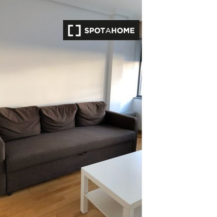 Rent this 1 bed apartment on Nuevo Madrid in Calle Bausa, 27