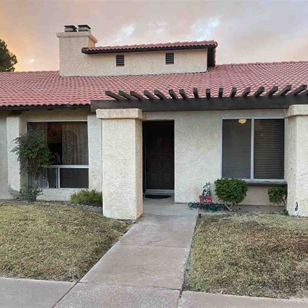 Rent this 3 bed condo on S 14th Ave in Yuma, AZ