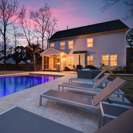 Rent this 5 bed house on Alpine Rd in Summerville, SC