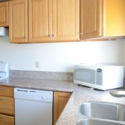 Rent this 3 bed apartment on Olympic Boulevard in Santa Monica, CA 90404
