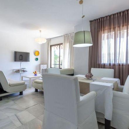 Rent this 3 bed apartment on Conservatorio municipal in Calle Nuestra Señora de Gracia, 29602 Marbella