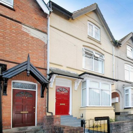 Rent this 1 bed room on 110 Oakly Road in Redditch B97 4EJ, United Kingdom