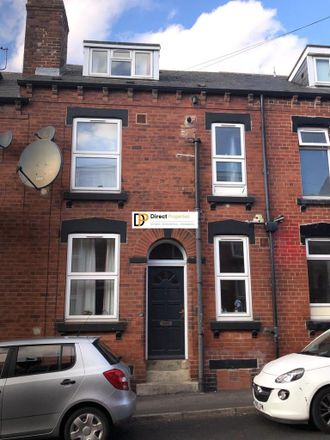 Rent this 2 bed house on Kelsall Grove in Leeds LS6 1QY, United Kingdom