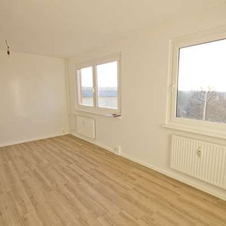 Rent this 4 bed apartment on Halle (Saale) in Südliche Innenstadt, ST