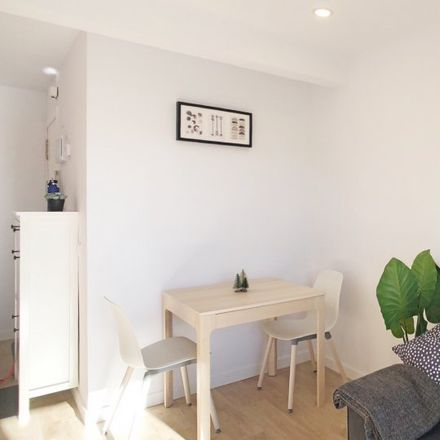 Rent this 2 bed apartment on Calle Alejandro Chacón in 5, 28001 Madrid