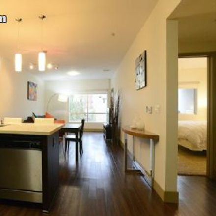 Rent this 2 bed apartment on 6608 Hollywood Boulevard in Los Angeles, CA 90028