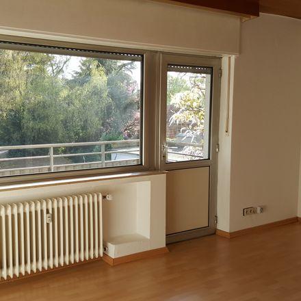 Rent this 2 bed apartment on Dießemer Straße 156 in 47799 Krefeld, Germany