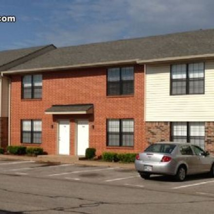 Rent this 2 bed townhouse on Oklahoma City