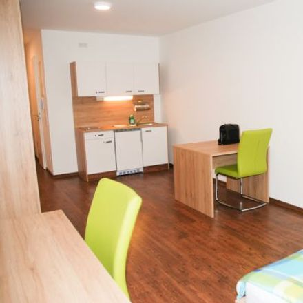 Rent this 1 bed apartment on Alte Münchner Straße 45 in 85774 Unterföhring, Germany