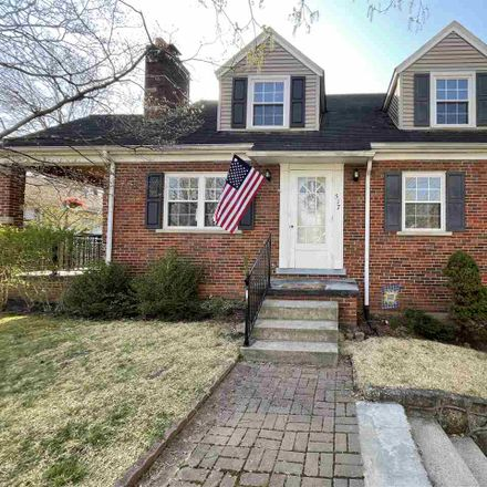 Rent this 3 bed house on 517 Lower Terrace in Huntington, WV 25705