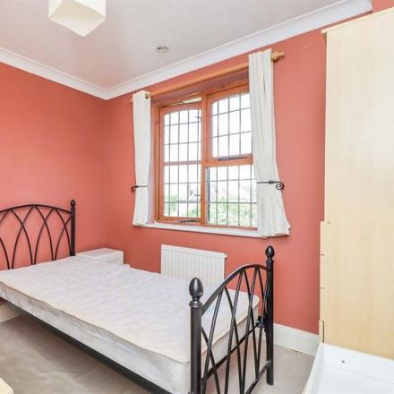 Rent this 4 bed house on Bradshaws Close in Barton-le-Clay, MK45 4LS