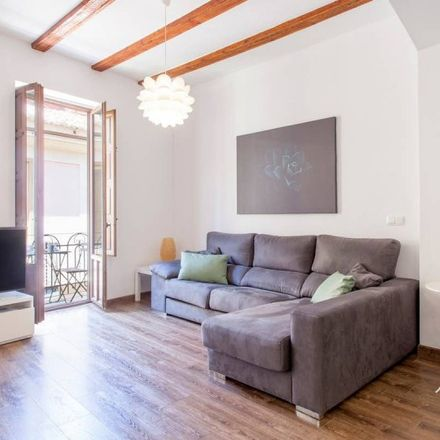 Rent this 2 bed apartment on Carrer del Torn de l'Hospital in 46001 Valencia, Spain