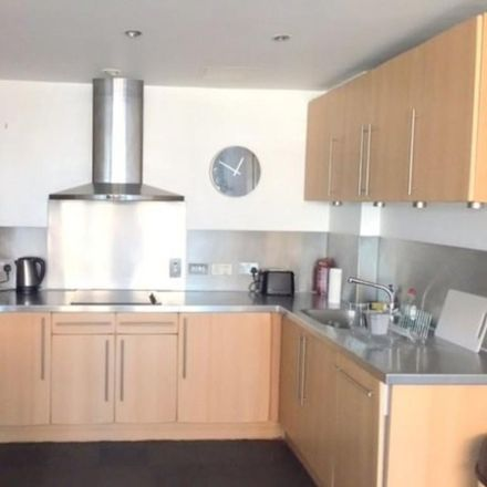 Rent this 2 bed apartment on The Cavendish School in 31 Inverness Street, London NW1 7HB