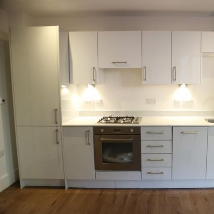 Rent this 0 bed apartment on Bishops Road in Slough SL1 1FG, United Kingdom