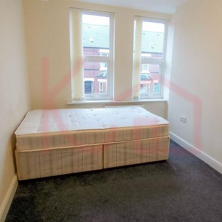 Rent this 0 bed apartment on Royal Avenue in Doncaster DN1 2LT, United Kingdom