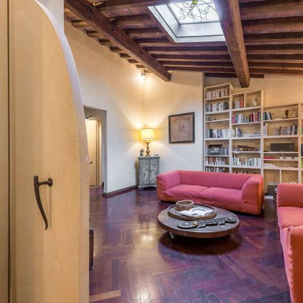 Rent this 4 bed apartment on Borgo dei Greci in 50122 Firenze FI, Italy