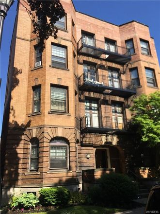 Rent this null bed apartment on 44 North Pearl Street in Buffalo, NY 14202