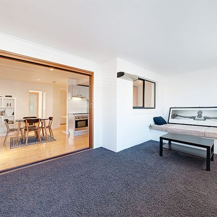 Rent this 1 bed apartment on 1/455 Pacific Highway