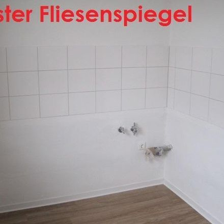 Rent this 3 bed apartment on Tellmannstraße 12 in 47167 Duisburg, Germany