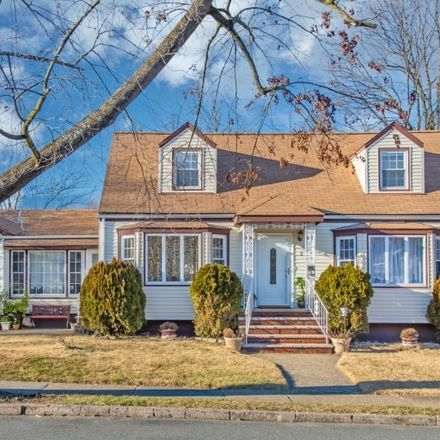 Rent this 3 bed house on 2 Rockaway Avenue in Woodland Park, NJ 07424