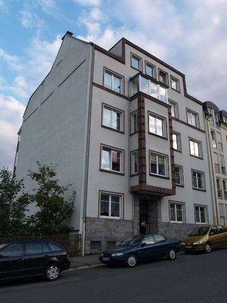 Rent this 2 bed apartment on Gabelsbergerstraße 12 in 08523 Plauen, Germany
