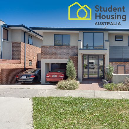 Rent this 1 bed room on 06/216 Burwood Highway