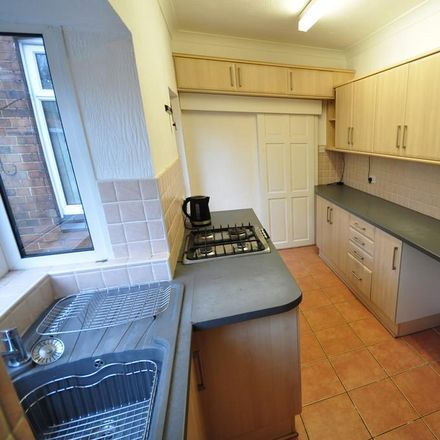 Rent this 3 bed house on Oxford Street in South Derbyshire DE11 9ND, United Kingdom
