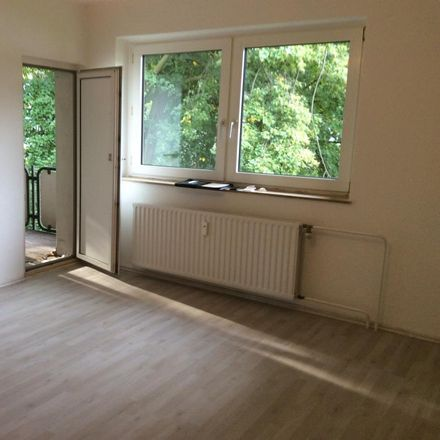 Rent this 3 bed apartment on Polsumer Straße 140 in 45896 Buer, Germany