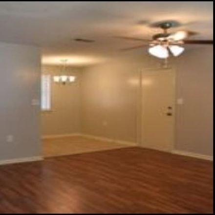 Rent this 3 bed house on 2014 Singleton Court in Little Rock, AR 72204